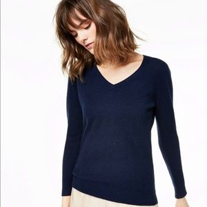 Charter Club V-Neck Cashmere Sweater in Navy Blue